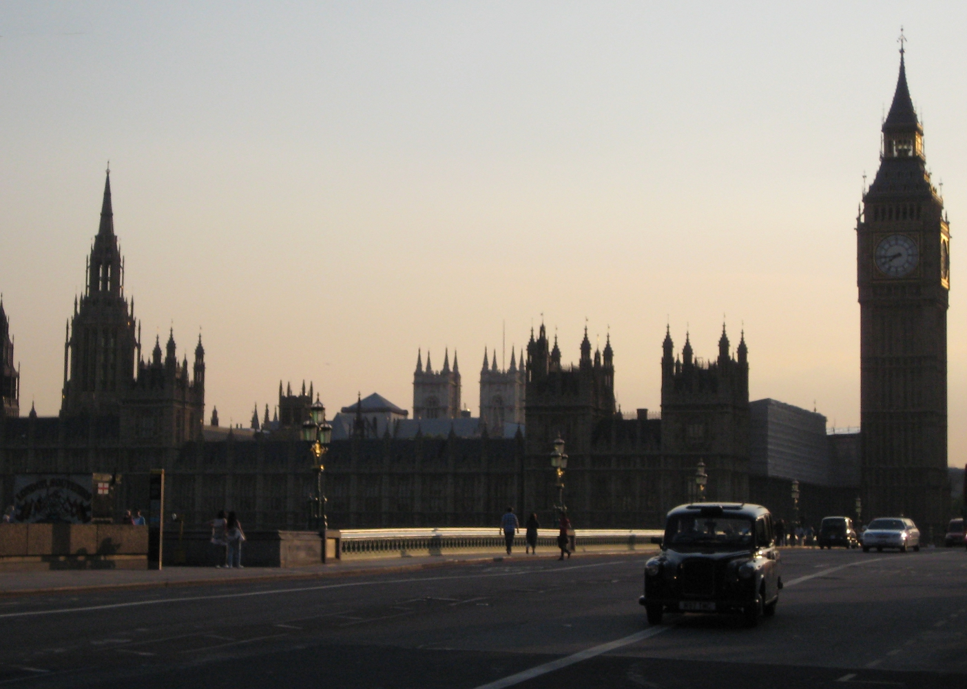 The Houses of Parliament and Westminster Bridge (c) by Philipp Köker 2011
